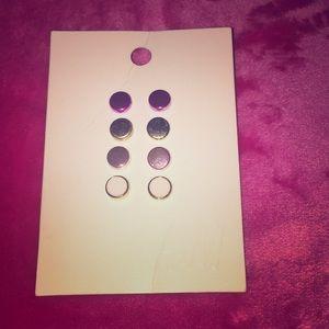 H&M earrings!💙